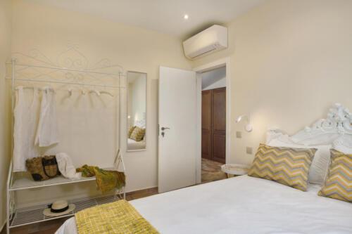 Casa-do-Carmo-00263-white-bedroom